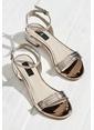 Elle Kısa Topuklu Ayakkabı Bakır